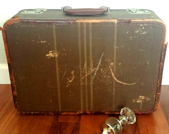 Vintage Multnomah EZ-Pak Suitcase, Vintage luggage, Vintage Suitcase