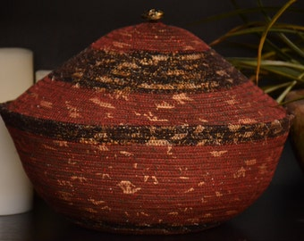 Fabric Rope Coiled Basket with Lid: metallic red chocolate espresso latte cream gold metallic- Round