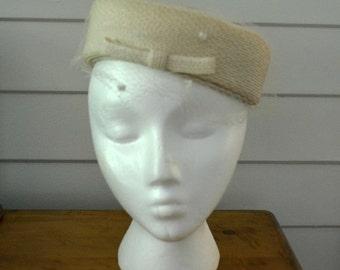 Vintage Cream/Natural Pillbox Hat; Valerie Modes