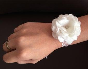 Felt corsage for bridesmaids.