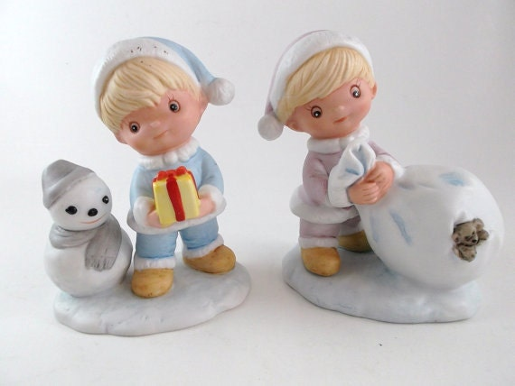 Vintage Figurines Set of Two Porcelain Homco Figurines: Boy and Girl with Gifts and Snowman Christmas Decoration Home Decor Holiday Decor