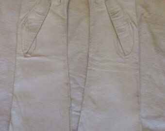 1950s white kid long gloves; size 6. Used