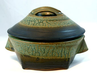 Casserole, Stoneware, Green and Black