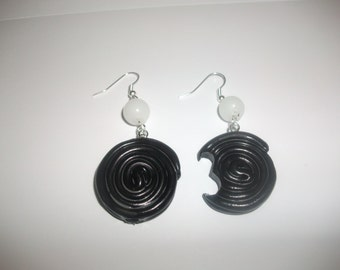 Licorice fimo earrings