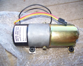 New Old Stock chrysler Convertible Pump Motor 1984-95 4386415