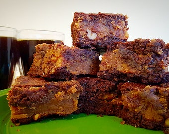 Brownies GLUTEN FREE penut butter and nuts or caramel & nuts(4lbs tray)