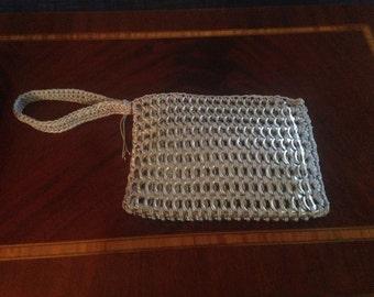 Pop Top Wristlet Bag w/zipper