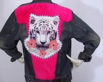 Blue denim jacket Customs4U Theme White Tiger Fur Pink