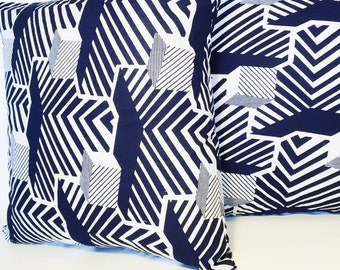 Navy & White Throw Pillow // Printed Throw Pillow Cover // African Wax Print Pillow Cover // Blue and White Decorative Pillow Cover