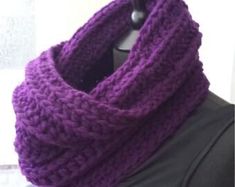 Chunky scarf, purple scarf, womens scarf, infinity scarf, crochet scarf, chunky crochet scarf, winter scarf, oversized scarf, fall scarf
