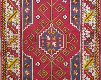 183 x 128 cm-Anatolia-Turkey carpet hand-knotted (285,046)