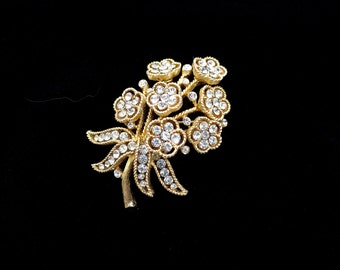 Vintage Crown Trifari Clear Rhinestone Flower, Gold Tone Brooch, Pin