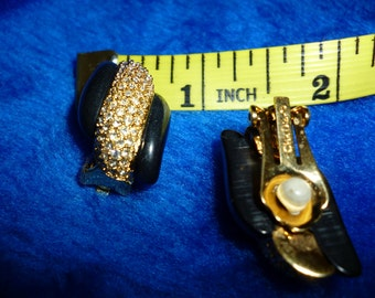 Christian Dior clip on earrings a291