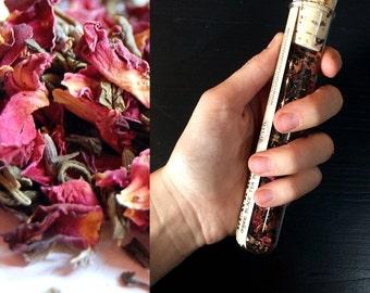 "Loose Leaf Tea // ""Queen Green"" // Organic Jasmine Green Tea Blend // Test Tube Tea"