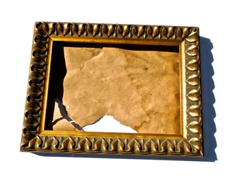 20% OFF *** VINTAGE: Wood Frame - Gold Leaf Frame - Wall Frame - (20-OS-00004360)