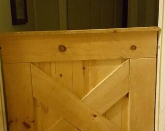 Half barn door gate