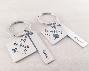 Valentine's day gift - Couple keychains - gifts for her - I'll be back, I'll be waiting - Personalized matching keychain distance couple