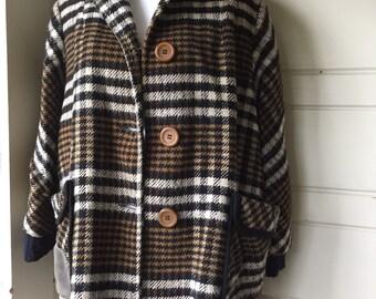 Vintage houndstooth plaid winter coat