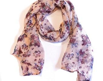 Beige scarf