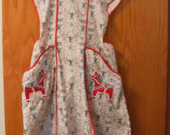 Swedish Apron with Dala Horse