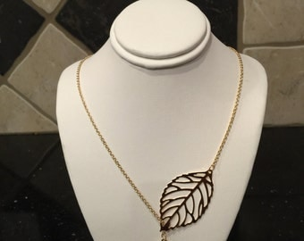 Two leaves gold plated necklace