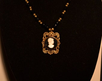 Vintage black and white cameo type pendant necklace  (#34)