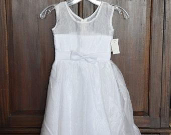 Easter dress, childs size 4 dress, little girl dress, special occasion dress, flowergirl dress, pagent dress, christmas dress, spring dress