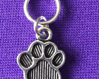 5 Paw Print  Stitch markers - solid rings or lobster clasps