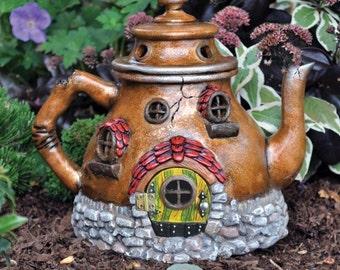 Fiddlehead Fairy Tea Pot House