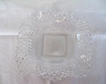 Vintage Federal Glass ruffled bon bon dish