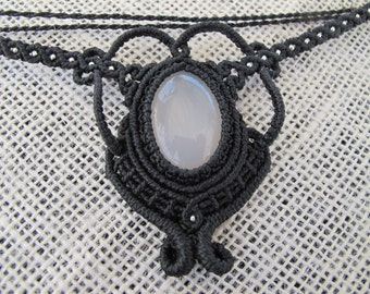 Macrame necklace made out of agate stone