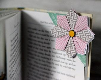 Flower bookmark- corner bookmark- chevrons