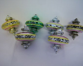 Six Vintage Ornaments, Sputnick Ornaments, Multi Colored, Hard Plastic, Good Used Condition, As Found, Space Ship Design, Used Condition