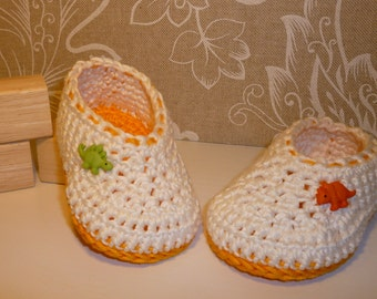 DINOlicious baby booties 0-3 months