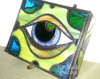 """Stained-glass casket """"I see everything"""" vintage home decor - Free Shipping!"""