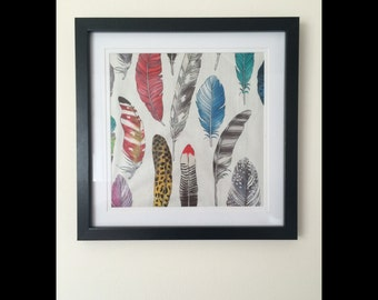 Frame with feathers kids decor