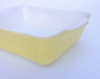 Vintage Yellow Pyrex Casserole Dish