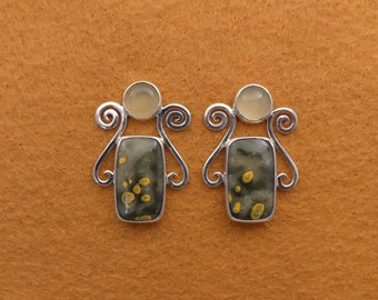 Bumble Bee Stone and Prehnite Earrings