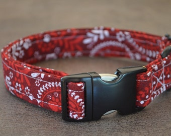 Dog Collar Red Paisley