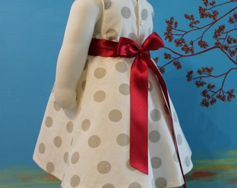 Elegant dress for little girl