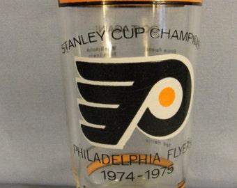 Philadelphia Flyers Stanley Cup Championship Glass 1974-1975