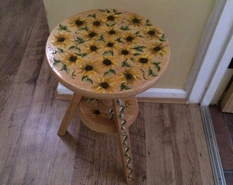 Hand painted - Sunflower table/stool.
