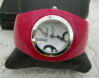 Vintage Vivami  Enamel Bracelet Watch #502