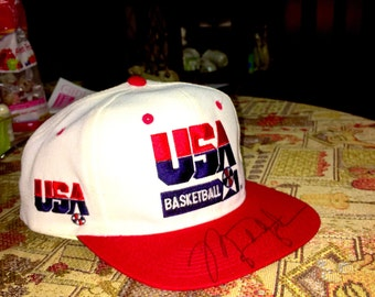 Vintage 1992 Dream Team USA Basketball Snapback signed by Michael Jordan COA provided
