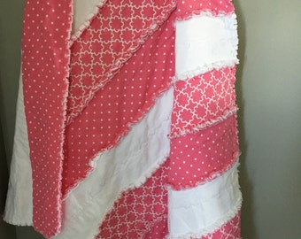 Snuggly Pink Rag Quilt