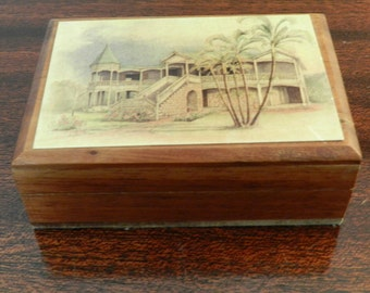 Annabella Box with Caribbean Scene