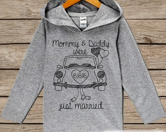 Kids Wedding Outfit - Mommy & Daddy Were Married Today Kids Hoodie - Children's Wedding Pullover - Baby Boy or Girl Wedding Keepsake Outfit