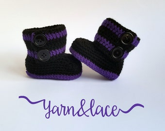newborn 0-3 month, black and purple crochet wrap boots. babyshower gift. photography prop