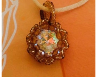 Brown pendant with stass