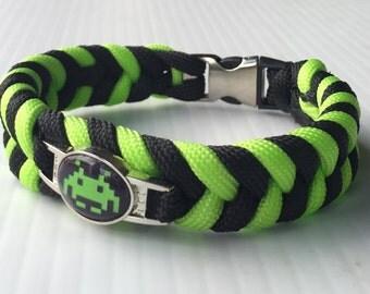 Space Invader paracord bracelet